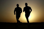 runners-training-at-sunset