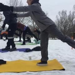 Yoga neige Valérie-Énergie Guerrier 3
